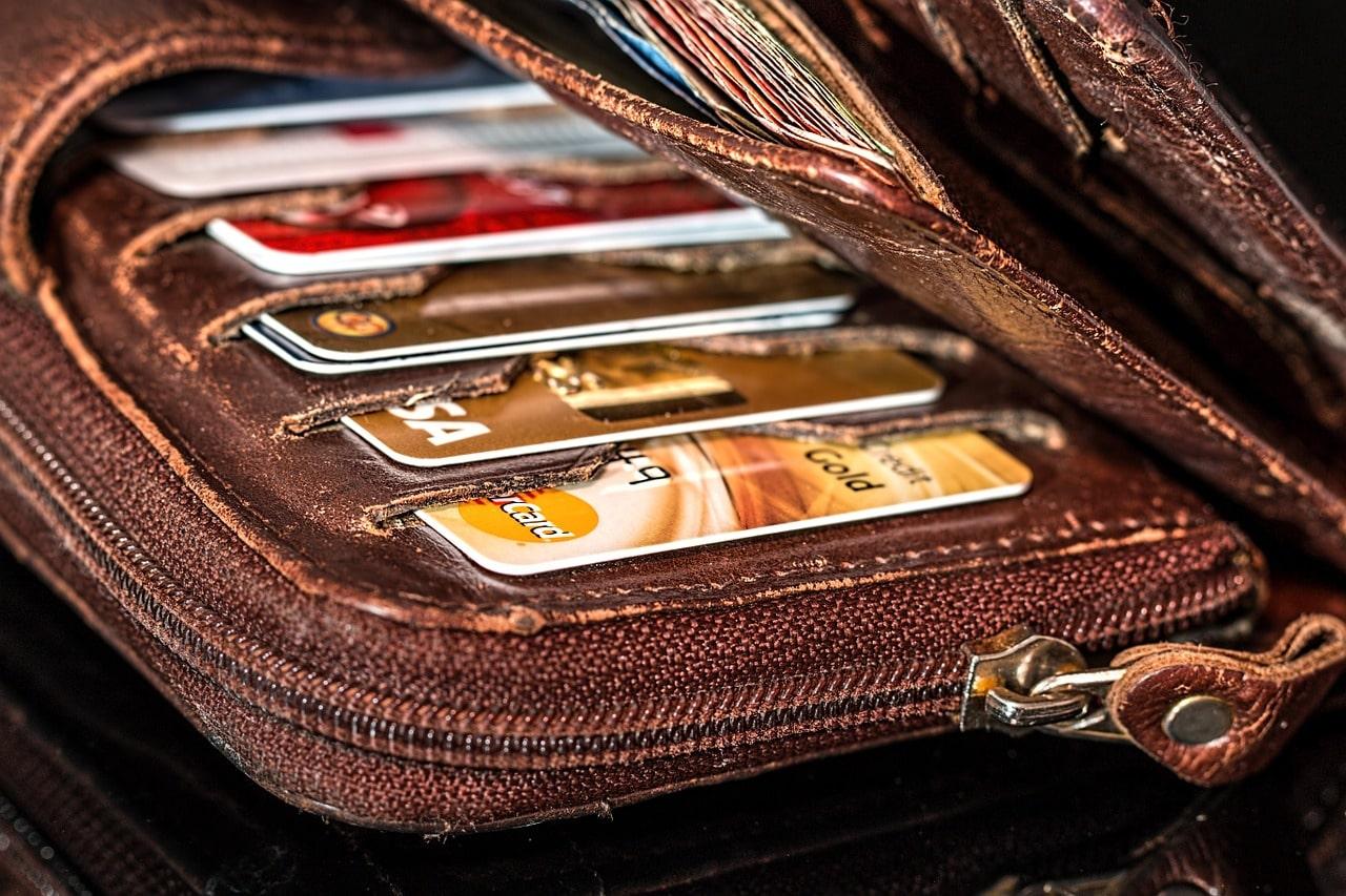 caracteristicas de la tarjeta debito